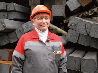 Галина Герасимова, машинист крана металлургического производства сортопрокатного цеха.