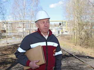 Вячеслав Шуплецов – заместитель начальника центральной заводской лаборатории.