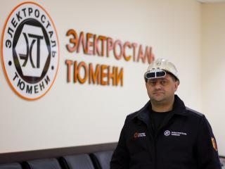 Роман Фарзиев – ковшевой участка ремонта огнеупорной футеровки электросталеплавильного цеха